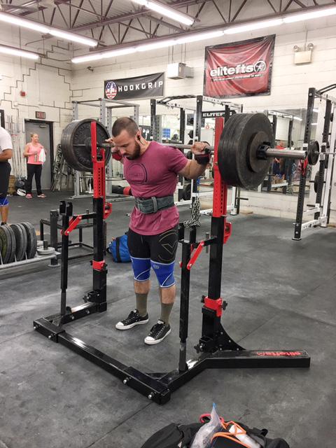 ironsportgym-squat