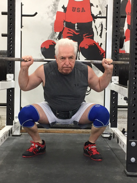 ironsportgym-squat2
